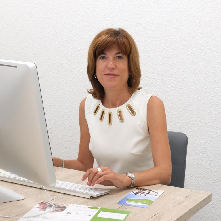 Josefina Pujalte, asesora comercial del equipo DKV Elche